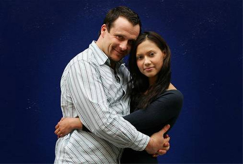Lovers' hugg